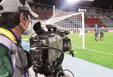 Tigo transmite desde los estadios donde se juega la División Profesional. Foto: Internet