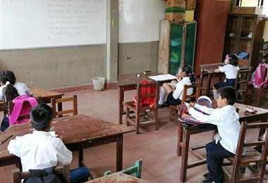 Foto archivo El Deber: las clases presenciales podrían volver con medidas de bioseguridad