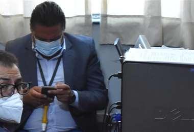 El exalcalde Luis Revilla antes de declarar ante los fiscales (Foto: APG Noticias)