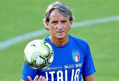El técnico Roberto Mancini tiene 56 años y dirige desde hace 20. Foto: Internet