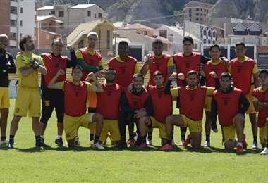 Los rojos fueron vencedores en la práctica de fútbol atigrada. Foto: Prensa The Strongest