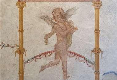Una de las obras recuperadas representa un querubín