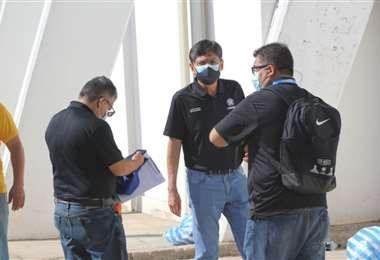 Inspectores de la Conmebol durante su visita al estadio Tahuichi. Foto: Juan C. Torrejón