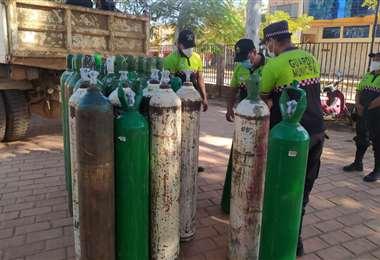 Tanques de oxígeno en Santa Cruz. Foto: APG Noticias