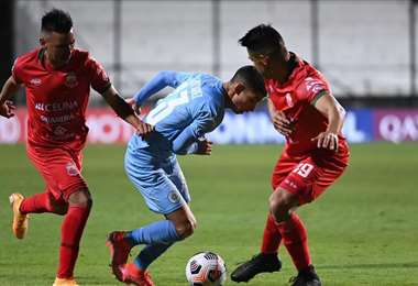 Guabirá fue goleado por Torque en la ida por 4-0, en Uruguay. Foto: Internet