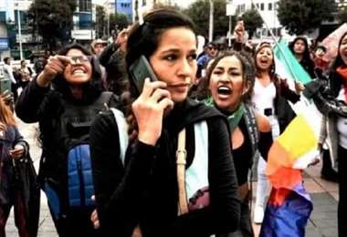 La activista en una movilización I redes sociales.