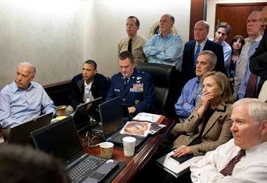 Biden, primero de la izquierda, cuando se realizaba la operación contra Bin Laden