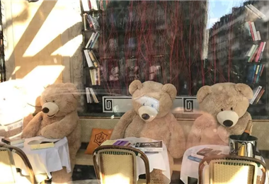 'Les Deux Magots' es uno de los cafés parisinos cerrados