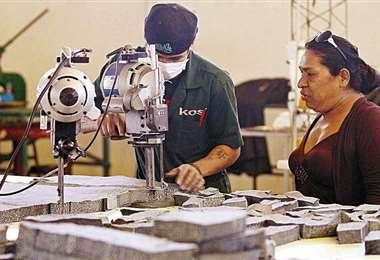 El desempleo sigue teniendo una tasa elevada/Foto: EL DEBER