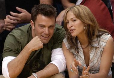 Jennifer López y Ben Affleck  en una imagen de archivo de cuando eran pareja