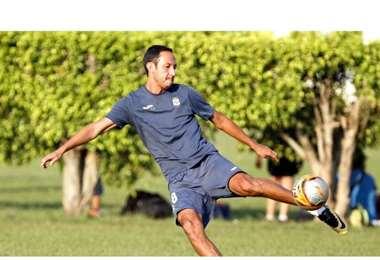 Jhonny ficha a Saucedo como secretario de deportes (now)