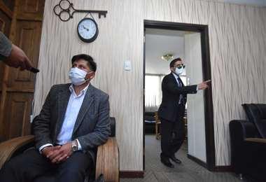 El médico durante la audiencia virtual I APG Noticias.