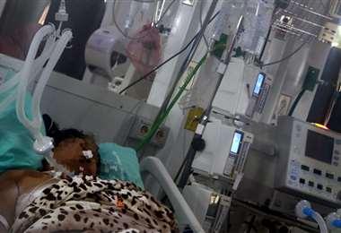 Ayer había 145 pacientes internados en las terapias intensivas