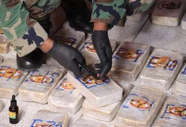 La droga incautada en San Matías. Foto: Twiter Eduardo Del Castillo