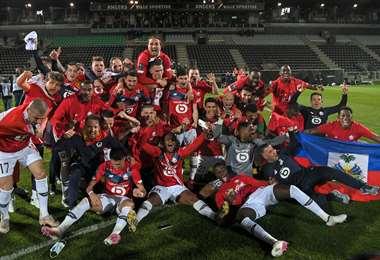 El festejo de los jugadores del Lille, campeón en Francia. Foto: AFP
