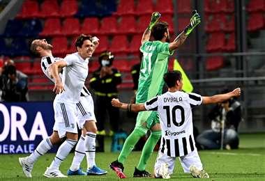 El festejo de los jugadores de Juventus tras el triunfo. Foto: AFP
