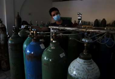 En cuanto al oxígeno, los controles llegarán hasta las plantas generadoras/ J. Ibáñez
