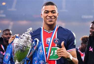 Kylian Mbappé tiene 22 años y es una de las estrellas del PSG. Foto: Internet