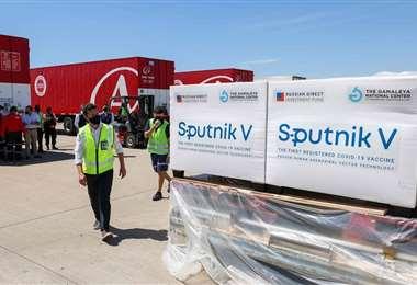 Llegó un embarque desde Rusia con 609.965 dosis de Sputnik V