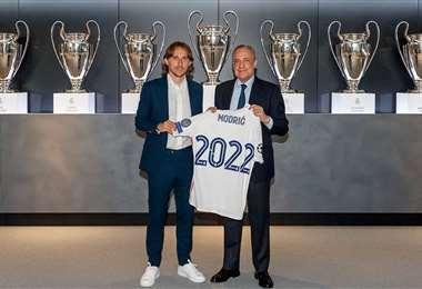 Modric, de 35 años, firmó por un año más para el Real Madrid. Foto: Internet