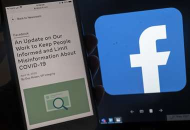 La red social vetó meses atrás a todo el que publique o comparta esta teoría
