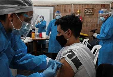 Vacunación anticovid en Uruguay /Foto: AFP