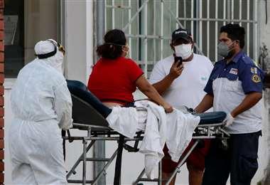 Foto Juan Carlos Torrejón: este jueves 154 pacientes se encuentran en terapia intensiva.