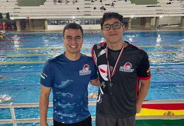 Gabriel Castillo (dcha.) con el entrenador Yassir Abdalla. Foto: Febona