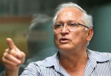 Rafael Paz no se guarda nada y disparó contra Pablo Escobar. Foto: Internet