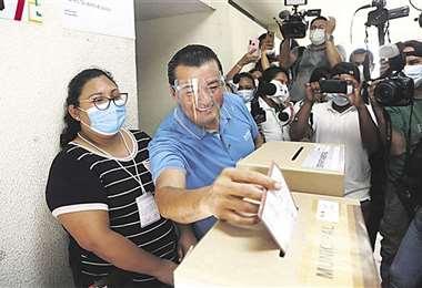 Fernández, llega al poder sin mayoría en el concejo municipal/Foto: EL DEBER