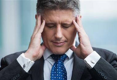 Investigadores han descubierto nuevos datos de los vínculos entre el estrés y las canas