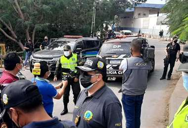 La operación de entrega de De Mattos Ferreira. Foto: Twitter Eduardo Del Castillo.