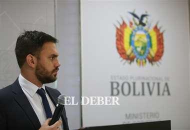 El ministro Eduardo Del Castillo. Foto: Jorge Ibáñez.