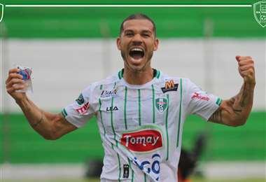 Nilton Ferreira, mediocampista brasileño de 34 años. Foto: RT