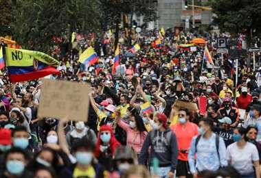 Protesta contra la reforma tributaria en Bogotá, Colombia,