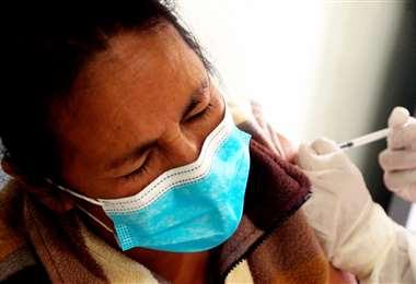Foto Harold Vaca: Más de 155 mil personas ya fueron vacunadas en Santa Cruz