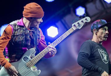 Flea y Anthony Keidis, miembros de Red Hot Chili Peppers, en 2016