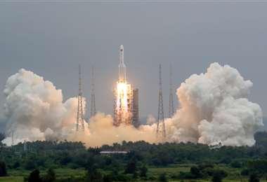 Un cohete I referencial.