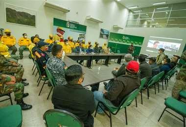 Camacho instala el comité de crisis contra incendios. Foto. GDSCZ