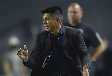 Florentín, DT de The Strongest. Foto: AFP