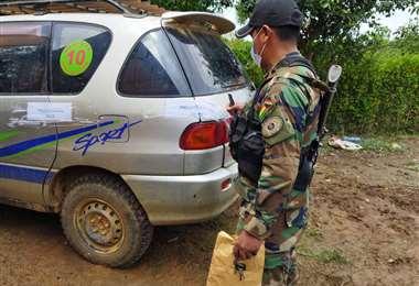 La Policía secuestró tres vehículos de la vivienda del detenido