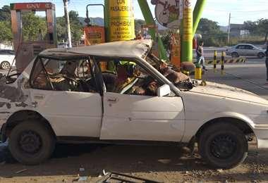 Lo restos del motorizado tras el estallido I Radio Yacuiba FM.