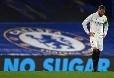 Sergio Ramos se lesionó en el partido ante Chelsea por la Champions. Foto: AFP