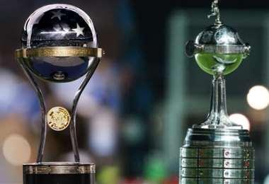 Los trofeos de la Copa Sudamericana y Copa LIbertadores. Foto: internet
