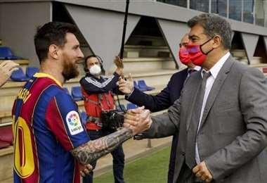 Lionel Messi y Joan Laporta. Siguen las negociaciones. Foto: Internet