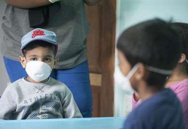 Los niños se contagian por Covid en los entornos familiares. Foto: UNICEF