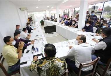 Reunión de autoridades en el COED la tarde de este viernes.