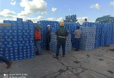 La mercadería fue traslada a los depósitos de la Aduana regional Santa Cruz /Foto: Senasag