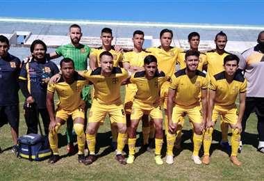 El equipo titular de Destroyers, que retornó a la ACF. Foto: Cabina A