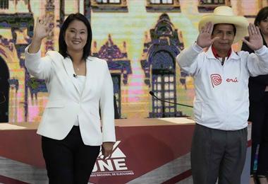 Keiko Fujimori y Pedro Castillo en el último debate en el que estuvieron juntos